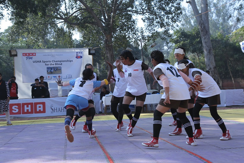 BLIND-GIRLS-PLAYING-KABADDI-IN-USHA-SPORTS-CHAMPIONSHIP-FOR-THE-BLIND